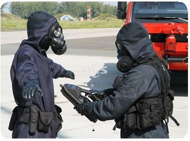 DEMRON 全密闭式核生化防护服